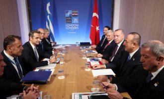 Ο Ερντογάν έδωσε «συμβουλές» στον Μητσοτάκη για το μεταναστευτικό: «Πίεσε την Ε.Ε.»
