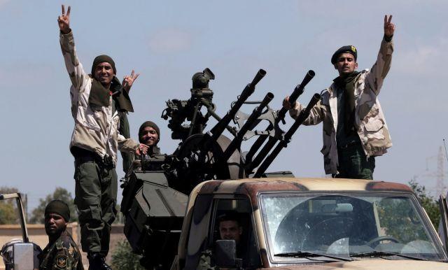Λιβύη: Η Γαλλία ζήτησε από τον Τουρκολίβυο Σαράτζ να κηρύξει ...