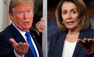 Πελόσι: Θέμα εθνικής ασφάλειας τα χρέη του Τραμπ