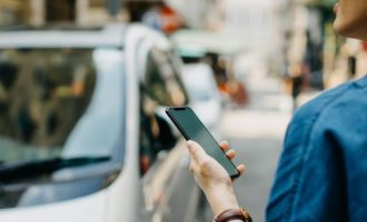 Χιλιάδες σεξουαλικές επιθέσεις σε «ταξί» της Uber και της Lyft