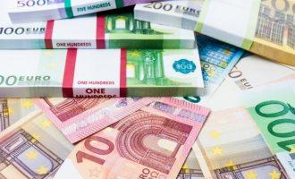 Από 4 έως 8 δισ. ευρώ θα δανειστεί μέσω ομολόγων η Ελλάδα το 2020