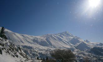 Καιρός: Χιόνια στα ορεινά και θερμοκρασίες κοντά στο μηδέν