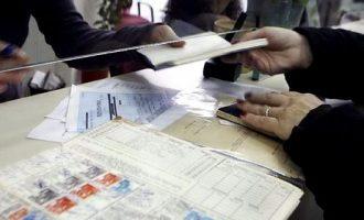 Ασφαλιστικό: Ο ΣΥΡΙΖΑ απαντά με πίνακες και παραδείγματα για συντάξεις και εισφορές