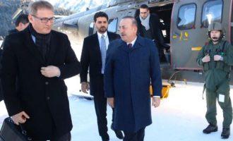 «Πόνεσε» πολύ τους Τούρκους ο Χαφτάρ στην Αθήνα – Ο Τσαβούσογλου έχει πάθει εμμονή