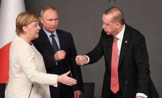 Η Γερμανία δεν μας θέλει στη Λιβύη γιατί προτιμά Ρωσία και Τουρκία από Ελλάδα και Ισραήλ
