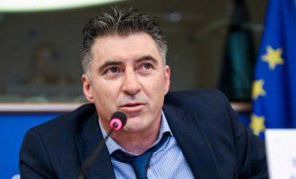 Ανεξαρτητοποιείται από τη Ν.Δ. ο ευρωβουλευτής Θοδωρής Ζαγοράκης;