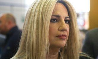 Γεννηματά: Ο Μητσοτάκης παραβίασε τις οδηγίες του ΕΟΔΥ