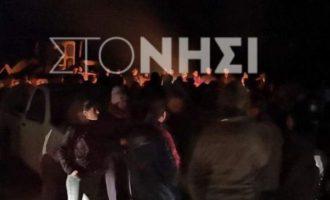 1.500 κάτοικοι της Λέσβου στην επιταγμένη περιοχή για να αποκρούσουν τα ΜΑΤ