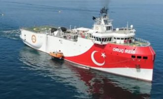 Tούρκος Ναύαρχος: Δεν κάνουμε έρευνες σε αμφισβητούμενες περιοχές – Τι είπε για το Ορούτς Ρέις