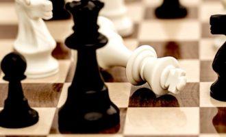 Η «αιχμαλωσία» της εξουσίας σε ειδικά συμφέροντα