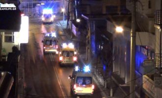 Ασθενοφόρα του ΕΚΑΒ Κοζάνης με αναμμένες τις σειρήνες στους δρόμους της πόλης (βίντεο)
