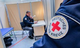 DW: Αλλάζει πολιτική η Γερμανία – Μαζικά τεστ για τον κοροναϊό στα πρότυπα της Ν. Κορέας;