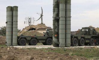 Σε εκνευρισμό οι Τούρκοι επιμένουν στους S-400 και θέλουν να το συζητήσουν με τον Μπάιντεν