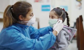 Τρία κρούσματα σε ένα 24ωρο σε παιδιά στην Ελλάδα: 15χρονη πέθανε, 9χρονος σε ΜΕΘ, 3χρονο με συμπτώματα