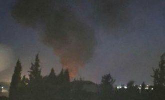 Πυραυλική επίθεση σε στρατιωτικούς στόχους στη Δαμασκό – Η Συρία κατηγορεί το Ισραήλ