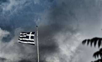 H HSBC βλέπει ύφεση 8,2% στην Ελλάδα