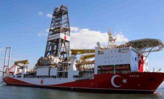 Προκλήσεις δίχως τέλος: Γεωτρήσεις νότια του Καστελόριζου ανακοίνωσε ο υπ. Ενέργειας της Τουρκίας