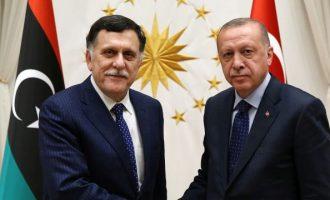Λιβύη: Ο Σαράτζ μετέφερε 4 δισ. δολ. στην Κεντρική Τράπεζα Τουρκίας συν 8 δισ. για τα έξοδα της τουρκικής επέμβασης