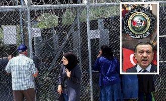 Αμπντουλάχ Μποζκούρτ: Τούρκοι πράκτορες σε καταυλισμούς προσφύγων και ελληνικές γειτονιές