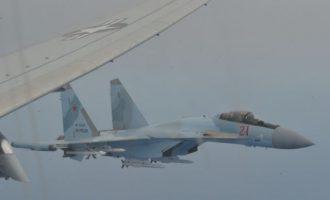 Δύο ρωσικά Su-35 αναχαίτισαν αμερικανικό P-8A στη Μεσόγειο – Δείτε φωτο ντοκουμέντα