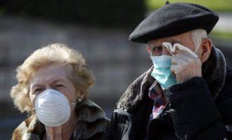 Covid-19: Ανατριχίλα! Στη Σουηδία άφηναν τους ηλικιωμένους να πεθαίνουν από ασφυξία