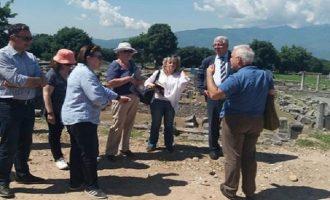 Μενδώνη σε αρχαιολόγο: Όχι μαγκιές σε μένα