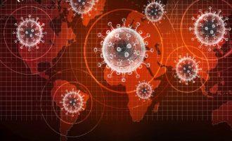 Χανς Κλούγκε (ΠΟΥ): Τα νέα παραλλαγμένα στελέχη έχουν αλλάξει τα δεδομένα – Τι είπε για τον εμβολιασμό