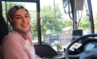 Νεσλιχάν Κιοσέ: Η πρώτη Ελληνίδα μουσουλμάνα οδηγός ΚΤΕΛ