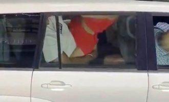 Ξαναμμένο ζευγάρι το «έκανε» μέσα σε επίσημο όχημα του ΟΗΕ (βίντεο)