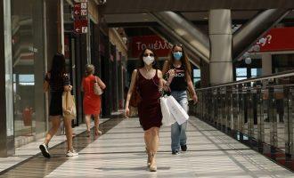 Δεν δίνουν «πράσινο φως» οι ειδικοί για νέο χαλάρωμα μέτρων στο λιανεμπόριο