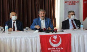 Τούρκος εθνοϊσλαμιστής: «Στο μέλλον η τουρκική σημαία μπορεί να κυματίζει στην Ελλάδα»