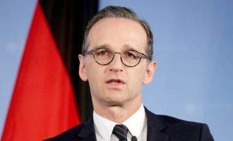Πόντιος Πιλάτος η Γερμανία: Να μιλήσουν απευθείας Ελλάδα και Τουρκία