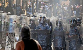 Λίβανος: Νέες συγκρούσεις μεταξύ δυνάμεων ασφαλείας και διαδηλωτών στη Βηρυτό
