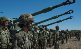 Σε επιφυλακή οι ένοπλες δυνάμεις παντού – Το Καστελόριζο δεν είναι το μοναδικό σενάριο
