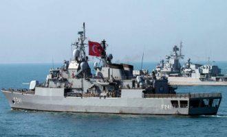 Πολιορκία ελληνικών νησιών μέχρι να αποστρατικοποιηθούν και το «Ορούτς Ρέις» στο Καστελλόριζο