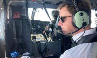 «Πρόκληση» λένε οι Τούρκοι η πτήση του Κλεμέντ Μπον με ελικόπτερο πάνω από το «Γιαβούζ»