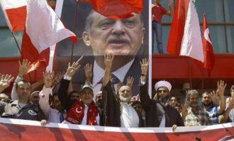 Η Τουρκία παρέχει βάση σε 20.000 Αιγυπτίους μέλη της Μουσουλμανικής Αδελφότητας