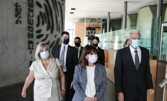 Σακελλαροπούλου: Επιδίωξη της Ελλάδας ο τερματισμός της τουρκικής κατοχής στην Κύπρο