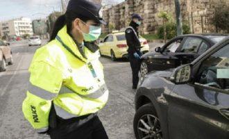 Κορωνοϊός: Πόσοι μπορούν να επιβαίνουν σε αυτοκίνητα και ταξί – Η χρήση μάσκας