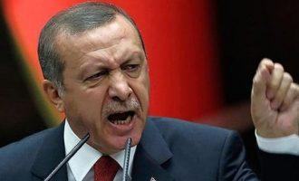 Ο Ερντογάν είπε ότι ο Μακρόν κι άλλες χώρες θέλουν να αρχίσουν πάλι τις σταυροφορίες