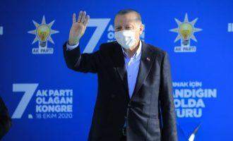 Έντρομος και ανυποχώρητος ο Ερντογάν αναφέρθηκε σε διαμελισμό της Τουρκίας