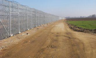 Μητσοτάκης: Τον Απρίλιο του 2021 θα ολοκληρωθεί ο φράκτης στον Έβρο