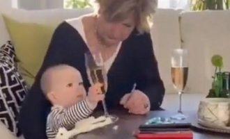 Γιαγιά αφήνει το εγγόνι της να πέσει και «σώζει» ποτήρι (βίντεο)