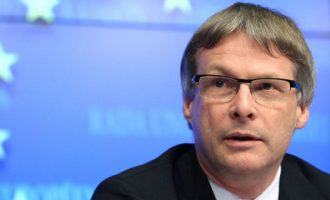 Διαγνώστηκε με κορωνοϊό ο Γενικός Γραμματέας του Ευρωπαϊκού Συμβουλίου