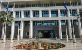 Το κυπριακό ΥΠΕΞ καταδίκασε τις προσβολές Ερντογάν κατά του Μακρόν