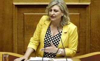 ΚΙΝΑΛ: Επαίσχυντη τροπολογία της ΝΔ παραγράφει κακουργήματα αυτοδιοικητικών