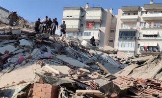 Σεισμός: 12 νεκροί και 607 τραυματίες στη Σμύρνη