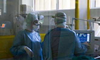 Η πίεση στο Εθνικό Σύστημα Υγείας εντείνεται και οι νοσηλείες αυξάνονται – Η βόρεια Ελλάδα επιβαρυμένη