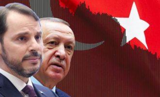 Tageszeitung: Απελπισία της τουρκικής κυβέρνησης – Δεν ξέρει πώς να αποτρέψει τη χρεοκοπία