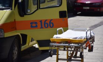 Άνδρας έπεσε από τον έκτο όροφο κτιρίου πλησίον της Κλαυθμώνος
